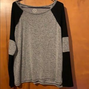 Maurices 24/7 long sleeve top